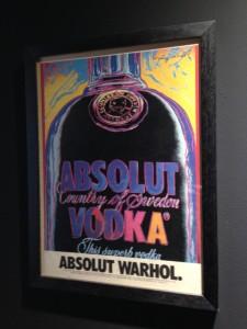 Portrét láhve vytvořil Andy Warhol a byla to jedna z nejúspěšnějších reklamních kampaní 20. století
